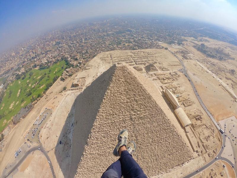 SOBREVOLANDO LAS PIRÁMIDES DE EGIPTO